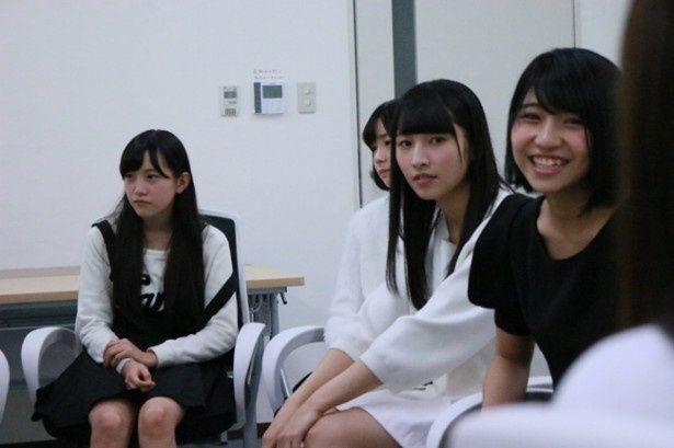 期生ごとのグループインタビューもこれまでにはないケースだ(『尾崎支配人が泣いた夜 DOCUMENTARY of HKT48』)