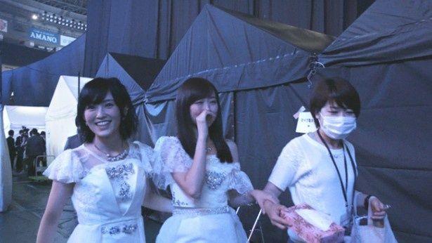 【写真を見る】ライブの舞台裏などはこれまで通りに描かれる(『道頓堀よ、泣かせてくれ! DOCUMENTARY of NMB48』)