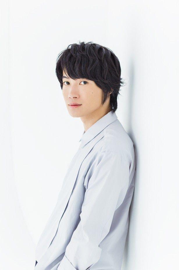 【写真を見る】神木隆之介は新海誠監督の大ファン。『秒速5センチメートル』(07)は、セリフを暗唱できるほど何度も見返しているとのこと