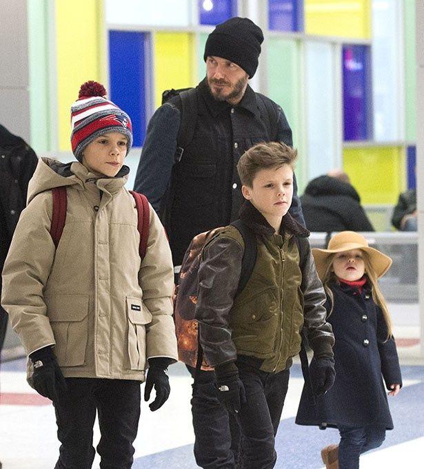 【写真を見る】離れていてもヴィクトリアを応援する3人の子供達