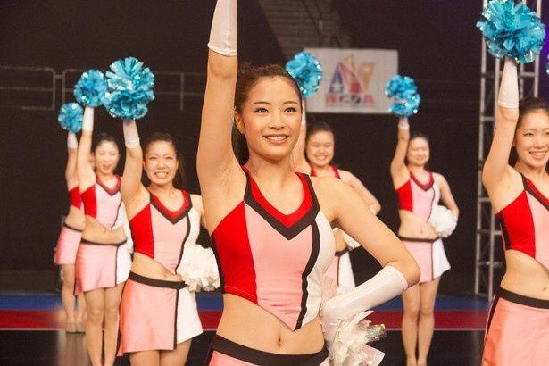 2009年に全米チアダンス選手権大会で優勝した福井商業高等学校チアリーダー部がモデル
