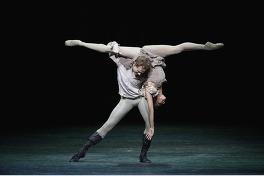 英国ロイヤル・オペラ・ハウス シネマシーズン 2017/18 ロイヤル・バレエ「マノン」のメイン画像